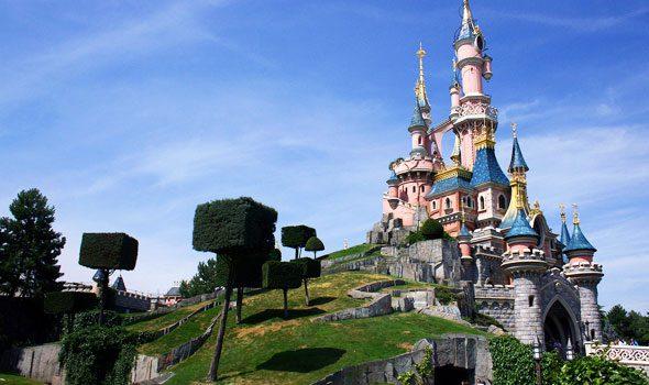 Disneyland Parigi, il parco dei divertimenti che non ha bisogno di presentazioni