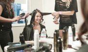 Tagliarsi i capelli nelle scuole di perfezionamento per parrucchieri