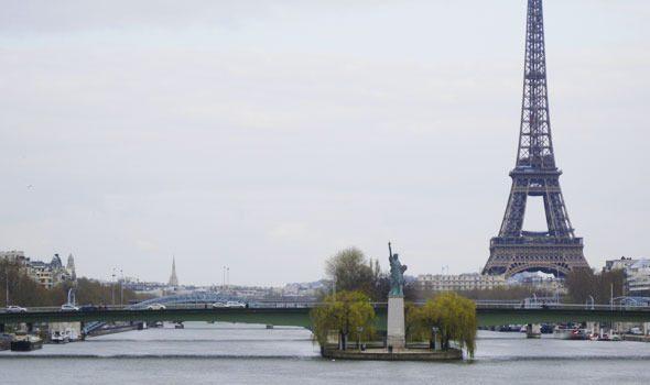 San Valentino: 8 luoghi dove baciarsi a Parigi