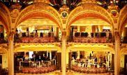 Parigi, i turisti cinesi sono i più spendaccioni