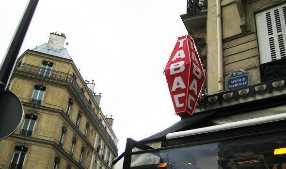 Tabaccai aperti la domenica e di notte a Parigi