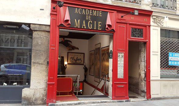 Il Museo della Magia di Parigi, un viaggio tra curiosità e storie affascinanti