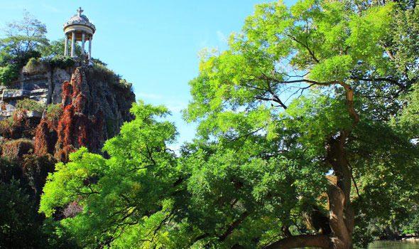 Parc des Buttes-Chaumont, il parco più amato dai parigini
