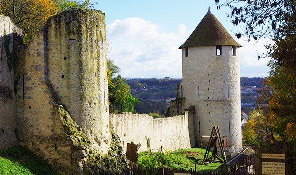 Provins: un antico borgo medievale nei dintorni di Parigi