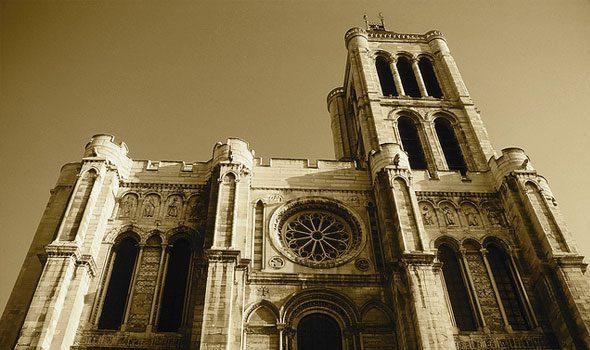 Basilica di Saint-Denis: oltre 500 anni di storia di Francia