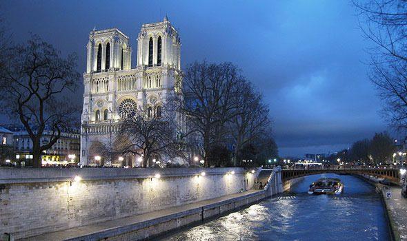 Le 10 più belle Canzoni dedicate a Parigi