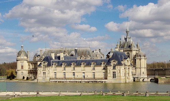 Il castello e il museo Condé di Chantilly: due autentici gioielli di Francia