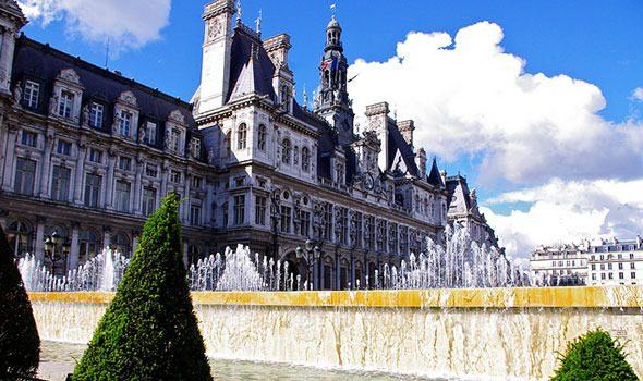L'Hôtel de Ville: storia, arte e cultura nel cuore di Parigi