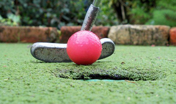 Dove giocare a minigolf a Parigi?