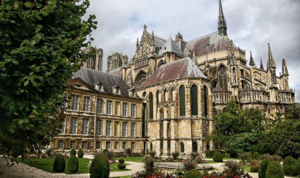 La cattedrale di Reims: uno dei più grandi esempi dello stile gotico francese