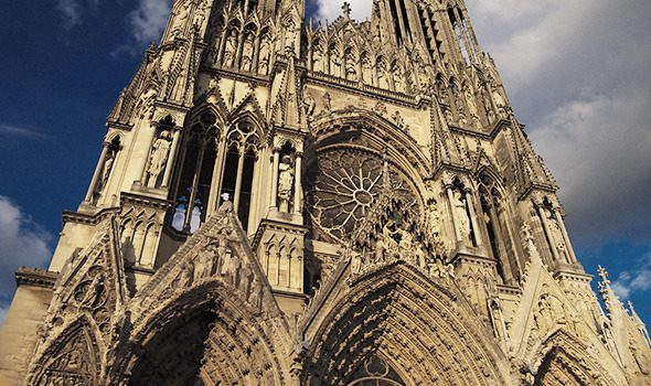 La cattedrale di Reims uno dei più grandi esempi dello stile gotico  francese