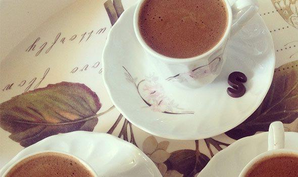 Dove bere una Cioccolata Calda a Parigi? I nostri 5 indirizzi migliori