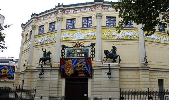 """Il """"Cirque d'Hiver"""", lo storico circo di Parigi che ispirò Toulouse-Lautrec e Seurat"""