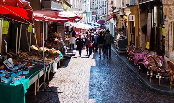 Rue Mouffetard, la via più amata dagli studenti di Parigi