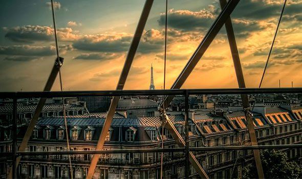 Lo stile Haussmann che caratterizza il fascino di Parigi