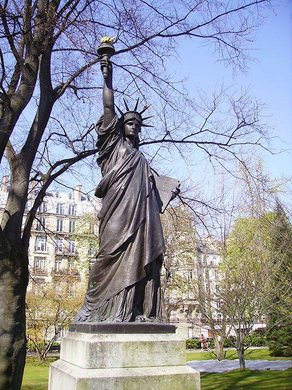statua-liberta-parigi-2