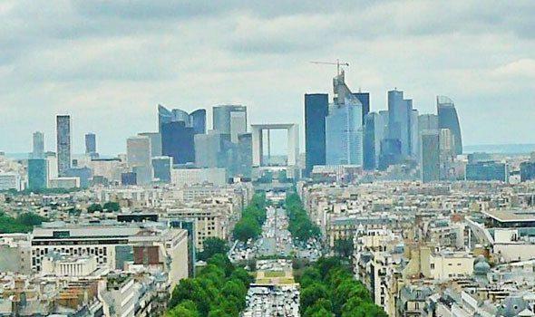 La Défense: il quartiere del business e dei grattacieli a Parigi