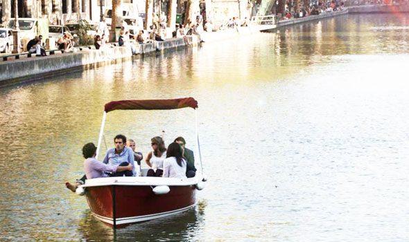 Marin d'Eau Douce, relax e divertimeno su barche elettriche a Parigi