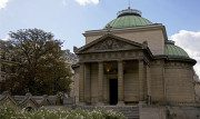 La Cappella Espiatoria di Parigi, costruita in memoria di Luigi XVI e di Maria Antonietta