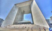 L'Arco de La Défense a Parigi: un'opera a dir poco imponente e moderna