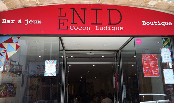 Le Nid, il locale per gli amanti dei giochi di società a Parigi