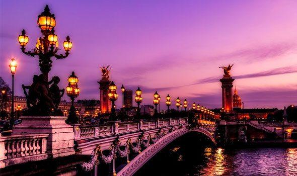 Il Ponte Alessandro III: sculture e decorazioni uniche sulla Senna