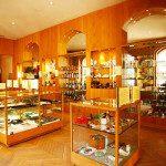 """Il Museo della Contraffazione di Parigi, oltre 60 anni di prodotti """"illeciti"""""""