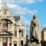L'affascinante Chiesa di Saint-Étienne-du-Mont a Parigi
