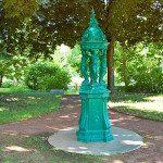 Le caratteristiche fontane Wallace di Parigi, vere e proprie opere d'arte del XIX secolo