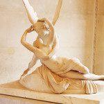 Amore e Psiche di Canova, un abbraccio d'amore e di eterna passione al Louvre