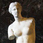 La Venere di Milo: simbolo incontrastato di fascino e bellezza del Louvre di Parigi