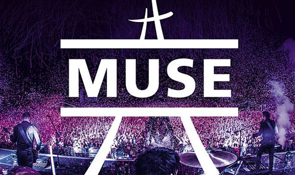 Muse in concerto alla Tour Eiffel