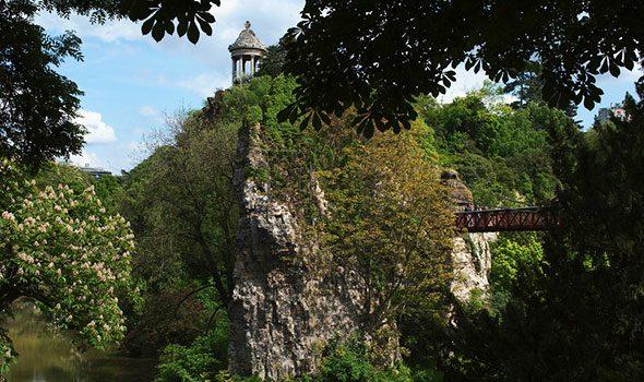 parc-buttes-chaumont-parigi