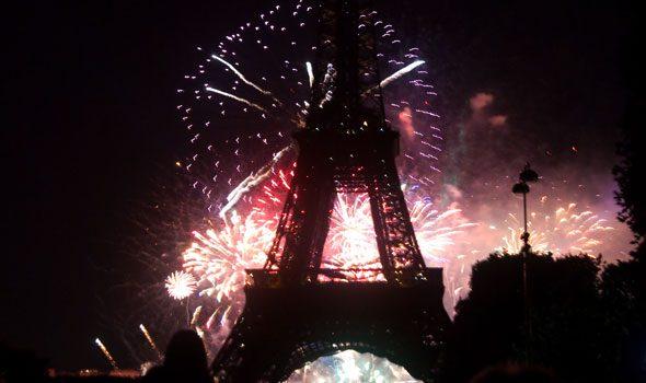 14 luglio 2016: la parata, i fuochi d'artificio e il concerto sotto la Tour Eiffel