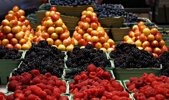 """Il """"Marché d'Aligre"""": un pittoresco mercatino molto amato dai parigini"""