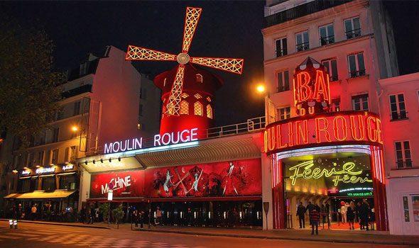 Lo storico Moulin Rouge di Parigi: il cabaret più prestigioso al mondo