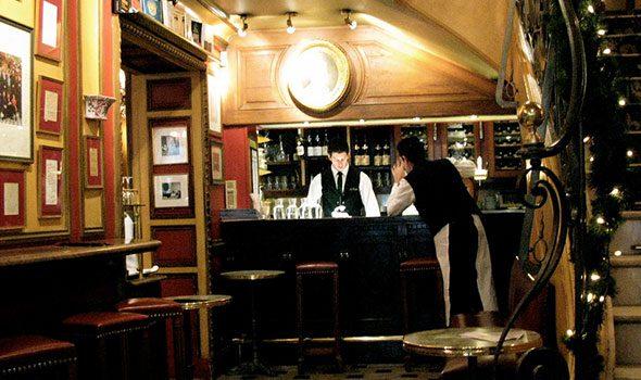 I 5 Caffè Storici di Parigi frequentati da grandi scrittori e artisti del passato