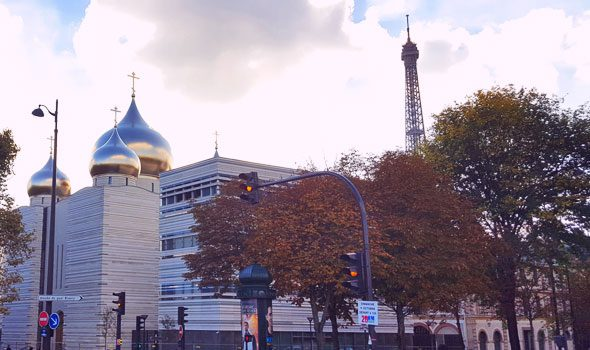 La moderna Cattedrale Ortodossa della Santa Trinità, simbolo del legame tra Parigi e Mosca