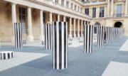 """""""Les Deux Plateaux"""" (o colonne di Buren) del Palais Royal di Parigi"""