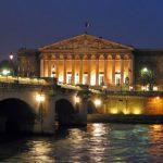 Il Palazzo Borbone di Parigi, oggi sede dell'Assemblée Nationale