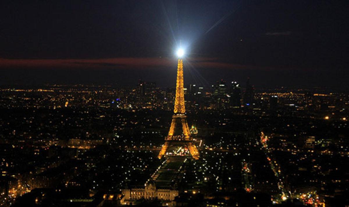 Cartina Parigi Con Quartieri.Zone E Quartieri Pericolosi Di Parigi 6 Luoghi Che Sarebbe Meglio Evitare Di Notte