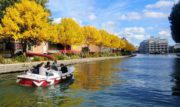 """""""Marin d'Eau Douce"""": relax e divertimento su graziose barche elettriche a Parigi"""
