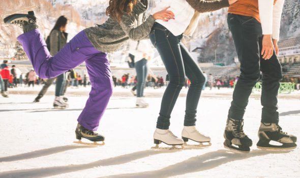 Natale a Parigi 2020: le piste per pattinare sul ghiaccio da non perdere assolutamente