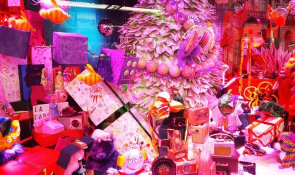 Natale a Parigi 2020: le spettacolari vetrine addobbate a festa