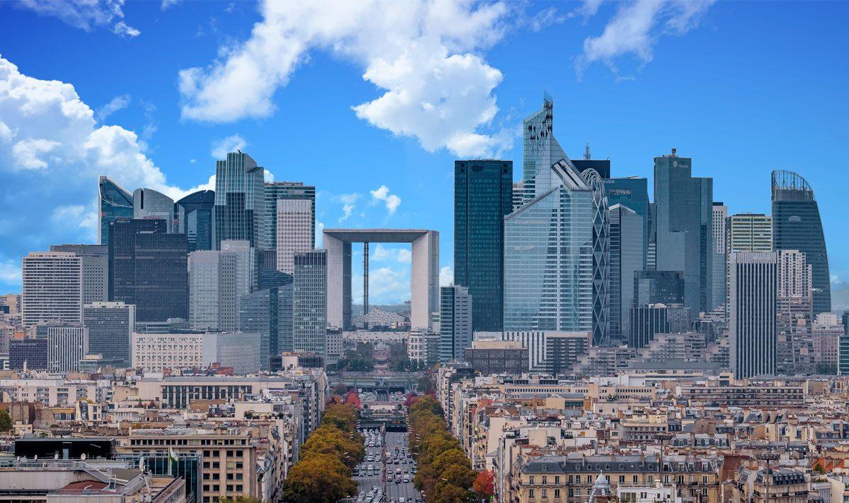 La Défense: il moderno quartiere del Business e dei ...
