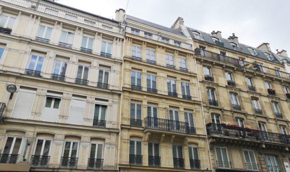 """145, rue Lafayette: l'edificio """"fantasma"""" nel centro di Parigi"""