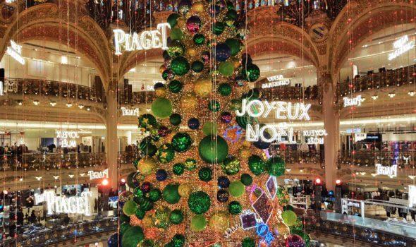 Quando Mettono Le Luci Di Natale A Parigi.Natale A Parigi 2019 Le 10 Cose Da Fare Per Vivere La Magia Delle Feste