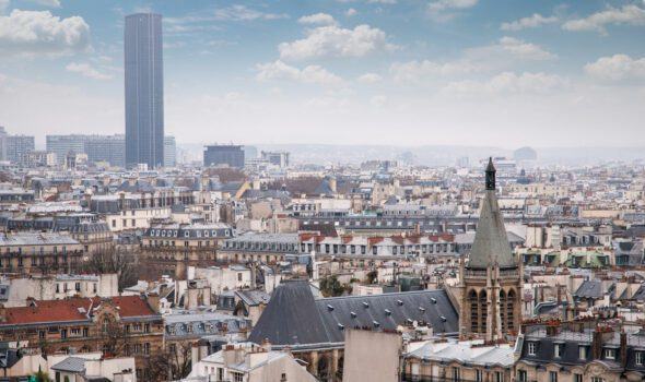 "Il Quartiere Montparnasse: cuore degli ""Années Folles"" di Parigi"